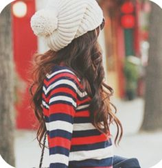 Cute winter outfit; I want that hair too