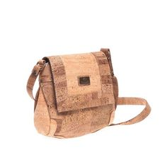 Vegan Cork Bag with flap and color contrasting details. Made in Portugal with Portuguese cork. Eco-friendly and soft to the touch. Montado – Cork Fashion.