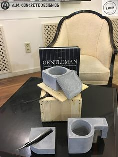 #Traditional #Shave #Barber #Concrete #AMCONCRETEDESIGN #Lifestyle Concrete, Traditional, Lifestyle, Architecture, Furniture, Home, Ad Home, Home Furnishings, Homes