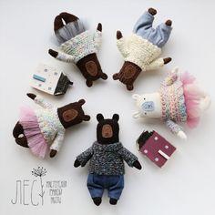 Мишки мимимишки И новые сказочные домики Время волшебства началось!✨ #лес_мрр #les_mrr #игрушки #игрушкиручнаяработа #ручнаяработа  #уют #toy #handmade #toyhandmade #игрушкназаказ  #мишка  #игрушкамишка #bear #toybear #happy #princess  #хэндмейд #хэндмэйд  #мягкаяигрушка #игрушкасхарактером  #autumn #настроение  #авторскаяработа #интерьернаяигрушка #милота #медведь #house #littlehouse #mimimi #sweet