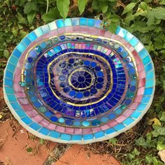 Mosaic bird baths are hand formed using wire and cement mixtures. Photos with bird baths and cats at the Bishops Palace, Wells. Mosaic Birdbath, Mosaic Garden Art, Mosaic Tile Art, Mosaic Birds, Mosaic Artwork, Mosaic Crafts, Mosaic Projects, Mosaic Glass, Mosaic Mirrors