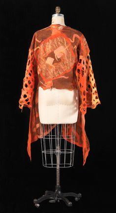 Barbara Poole: Contemporary Felt Artist, Designer, Teacher and Felt Maker.  www.bfelt.com