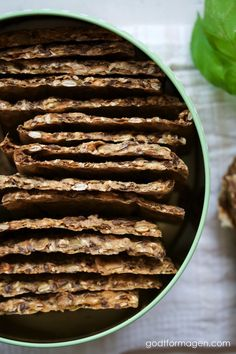 Frøknekkebrød med surdeig, hadde også i pulp og tang 😊 Bon Appetit, Cooking Recipes, Sweets, Bread, Chocolate, Baking, Organic, Natural, Food