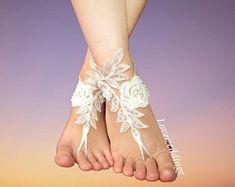 wedding garter, wedding barefoots, wedding accessories by Loveweddingg Garter Wedding, Bride Garter, Wedding Accessories, Etsy Seller, Bridal, Trending Outfits, Unique Jewelry, Handmade Gifts, Vintage