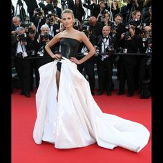 Natasha Poly in Atelier Versace - Cannes 2015: Best Looks From The Red Carpet | The Zoe Report