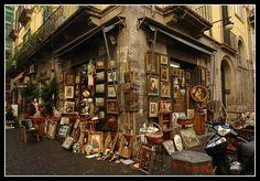Antique Shop - Napoli