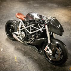 Ducati Streetfighter by Apogee Motorworks. Her name is Raffale