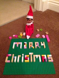 Elf on the shelf -playing with lego