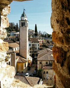 Zowel vanuit de Venetiaanse Lagune, als vanuit Peschiera del Garda hebben we veel gezien en ontdekt in de regio Veneto. Deze regio wordt in Noord-Italië begrensd door de Dolomieten in het noorden, …