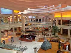 Woodfield Mall Wild Pair Malls Now Malls Then Shop