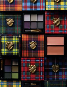Mac tartan closeup #tartan #plaid #scottish #scozzese #ecossais - Carefully selected by GORGONIA www.gorgonia.it