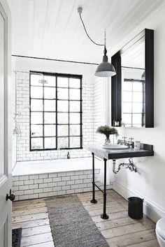 Adorable 110 Best Farmhouse Bathroom Decor Ideas https://roomadness.com/2018/02/18/110-best-farmhouse-bathroom-decor-ideas/