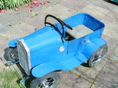 *PEDAL CAR ~ Very Old Vintage Pedal car for Restoration