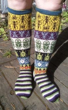 Fair Isle Knitting, Knitting Socks, Mittens, Ravelry, Knit Crochet, Cross Stitch, Handmade, Folklore, Crocheting