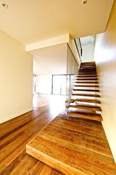 Cantilever | Grey Ironbark | Timber | Stainless Steel Rods | Balustrade | Stair | Feature | Steel Plates | Landing | Design