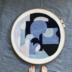 """645 Likes, 15 Comments - Rose Pearlman (@rosepearlman) on Instagram: """"Hooked rug in the round #2 . . . #rughooking #fiberart #intheround #rughookingartist #yarncraft…"""""""