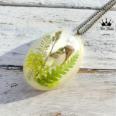 Naszyjnik z żywicy LAS I GRZYBEK Jewerly, Pendant Necklace, Jewlery, Schmuck, Jewelry, Jewels, Jewelery, Fine Jewelry, Drop Necklace