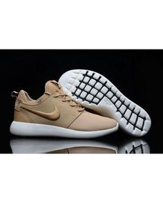 0dac19a433ddb Roshe Two Low Leather Shoes Nude Golden White