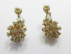 Fun Vintage 1950s Gold Toned Rhinestone Drop by GildedTrifles