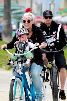 {P!NK} wearing Vintage Rose Wraps on Mother's Day
