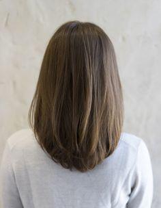 New Bob Haircuts 2019 & Bob Hairstyles 25 Bob Hair Trends for Women - Hairstyles Trends Haircuts Straight Hair, Haircut For Thick Hair, Haircut Bob, Haircut Styles, Haircut Medium, Hairstyle For Small Face, Haircut Short, Medium Hair Cuts, Medium Hair Styles