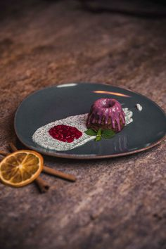 These food photo has been taken in a gourmet restaurant. Creative framing and lighting lets them look delicious. Product Photography, Creative Photography, Food Photography, Delicious Desserts, Yummy Food, Creative Pictures, Restaurant Recipes, Tasty Dishes, The Creator
