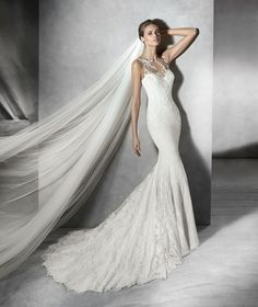 Georgette wedding dress, tulle with thread embroidery, lace and gemstones