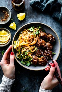 Paleo friendly 5 Spice BBQ Meatballs in Orange Hoisin sauce! Asian Style BBQmeatballsarequick to prep & cooked in just 30 minutes. No refined sugar options