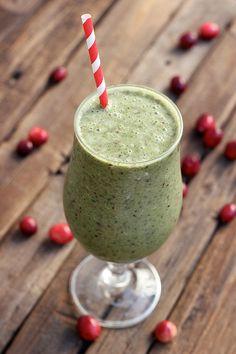 Cranberry Kale Smoothie {Gluten-free, Vegan and Sugar-free}