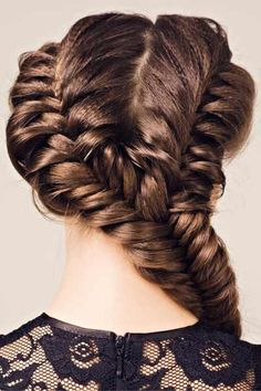 Different Braids – Double and Triple Up! Try these double and triple plaits for a dazzling and different braided look! These fabulous braided hairstyles work with every braiding technique. These looks are as simple as dividing hair into two or three sections and braiding as usual. The multiple plaits can be braided together into one braid or tied together.