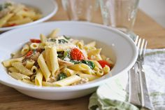 Jenny Steffens Hobick: Penne with Grilled Chicken, Spinach & Cherry Tomatoes in a Lemon Parmesan Sauce