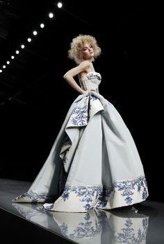 Christian Dior Spring 2009 http://pinterest.com/mimitanaka/volvo-joyride/