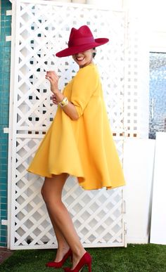 Swans Style is the top online fashion store for women. Shop sexy club dresses, jeans, shoes, bodysuits, skirts and more. Cute Dresses, Casual Dresses, Short Dresses, Fashion Dresses, Summer Dresses, Fashion Line, Look Fashion, Womens Fashion, Fashion Design
