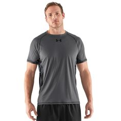 Under Armour Men's HeatGear Flyweight Shortsleeve