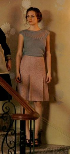 Who couldn't simply love Blair's pale colored outfit and detailed sweater!