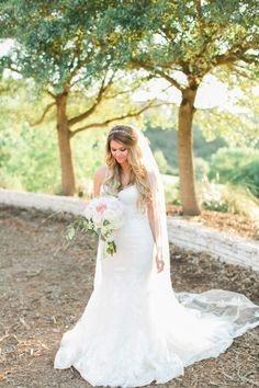 The gorgeous bride: http://www.stylemepretty.com/texas-weddings/austin/2015/07/20/elegant-austin-lakeside-estate-wedding/ | Photography: Mint Photography - http://mymintphotography.com/