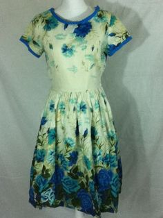 1950s Vibrant Floral Watercolor Pleated Dress Mid Century Day Dress Sz Small #FashionFirst #Sundress #any