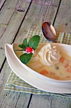 Görög gyümölcsleves Hungarian Recipes, Soup Recipes, Panna Cotta, Yummy Food, Ethnic Recipes, Cook Books, Drink, Soups, Dulce De Leche