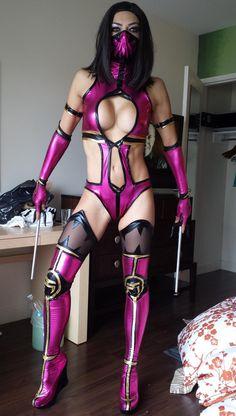 Mileena mortal combat costume - ♋ www.pinterest.com/WhoLoves/Sexy-Disney  ♋#MortalCombat