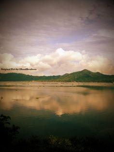 Indonesian Beauty (Tondano Lake, North Sulawesi)