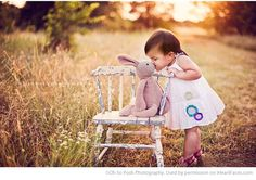 Easter Photo Session Ideas - Children's Portrait Session by Oh So Posh Photography - Featured on I Heart Faces