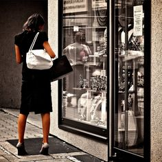 People are staying #single much longer. What impact will that have on #consumerism in our society?