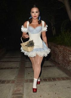 How Demi Lovato is living her best life after rehab – Celebrities Female Hot Halloween Costumes, Trendy Halloween, Halloween Outfits, Dorothy Halloween Costume, Demi Lovato Body, Halloween Disfraces, Costumes For Women, Sexy Outfits, Dress Up