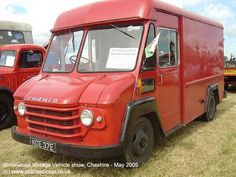 Small Trucks, Cool Trucks, Ww2 Fighter Planes, Old Lorries, Shave Ice, Vintage Ice Cream, Van Car, Old Commercials, Bus Coach