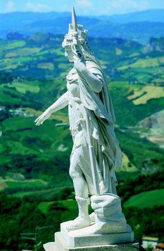 Statue of Liberty in San Marino Republic Of San Marino, The Republic, Countries Europe, Countries Of The World, Old Town Italy, Santa Marina, Council Of Europe, Yearning, Italian Fashion