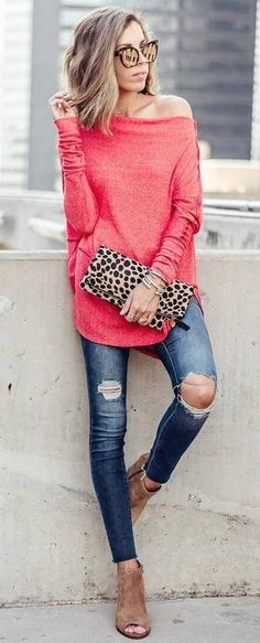 cute fall outfit : off shoulder sweater + bag + ripped jeans + boots