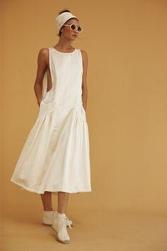 Convertible ruffle kaftan w/ obi belt / black cotton gauze Mode Simple, Look Street Style, Linen Dresses, Mode Inspiration, White Fashion, Skirt Outfits, Kaftan, Streetwear, Ideias Fashion