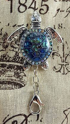 Portuguese Knitting Pin and Pendent Large Sea Turtle Pin