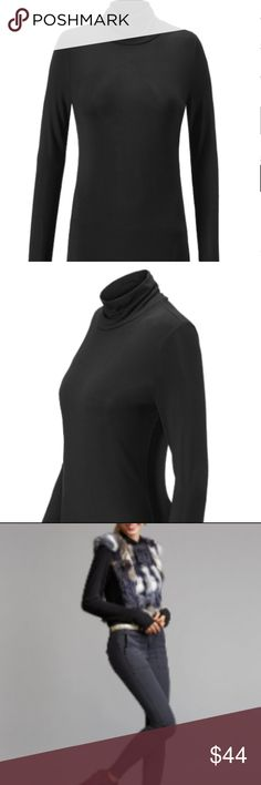 Layer Turtleneck The Layer Turtleneck in ultra-soft baby rib fabric makes this piece a soft and lightweight option for the cooler months. With a slightly looser collar that doesn't fold over, it has the classic yet very on-trend look of a mock turtleneck. Black Slim fitting classic fit Baby rib knit cabi Tops