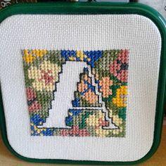 #alfabet #literkaa #haftkrzyżykowy #lettera #alphabet #crosstich #embroidery